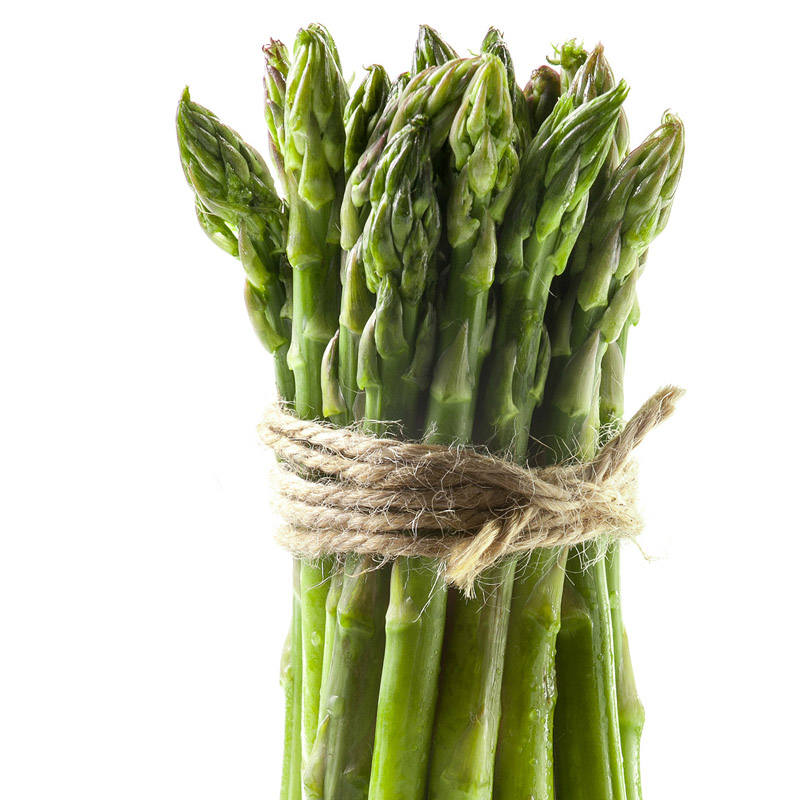 Delishious fresh asparagus isolated on white still-life food photography photo7it