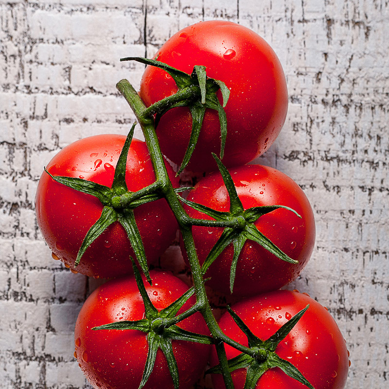 Delishious tomatoes fresh vegetables still-life food photography photo7it